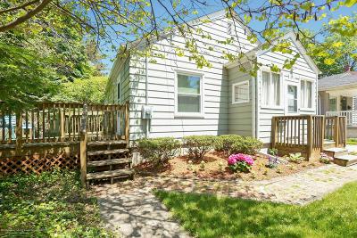 Lansing Single Family Home For Sale: 1212 Cooper Avenue