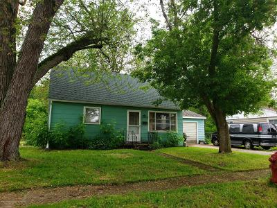 Grand Ledge Single Family Home For Sale: 522 Schoolcraft Street
