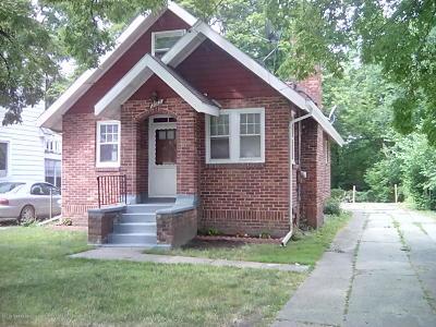 Lansing Single Family Home For Sale: 2012 Lyons Avenue