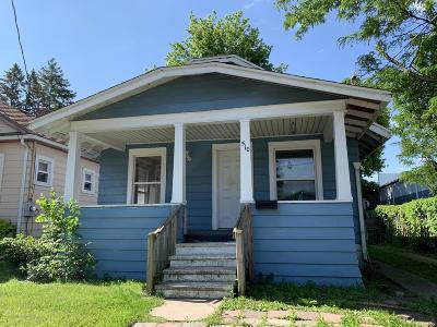 Lansing Single Family Home For Sale: 510 Woodrow Avenue