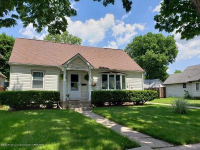 Lansing Single Family Home For Sale: 827 Edison Avenue