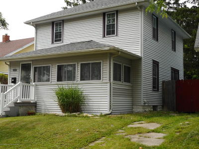 Lansing Single Family Home For Sale: 1235 Climax Street