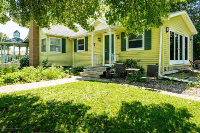 Charlotte Single Family Home For Sale: 1891 Island Highway