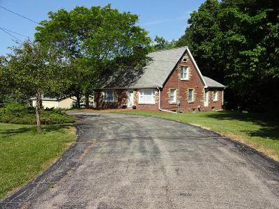 Lansing Single Family Home For Sale: 4632 Old Lansing Road