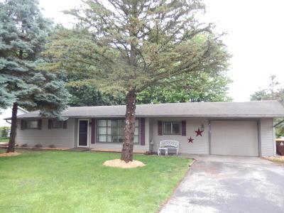 Portland Single Family Home For Sale: 560 N West Street