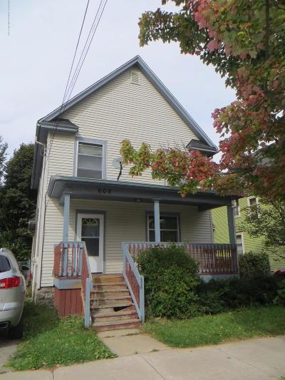 Lansing Single Family Home For Sale: 608 W Lapeer Street