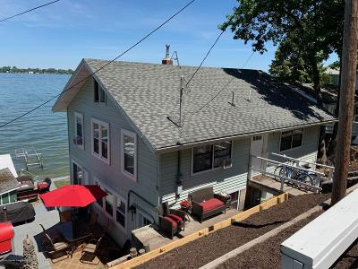 Crystal Single Family Home For Sale: 2535 S Shore Drive