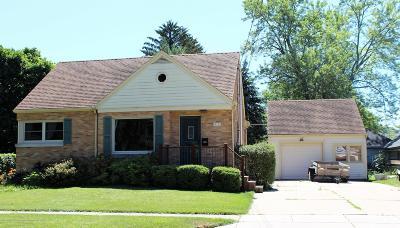 Grand Ledge Single Family Home Active Backup: 415 Park Street