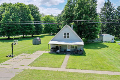 Grand Ledge Single Family Home For Sale: 711 W Main Street