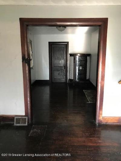 Lansing Single Family Home For Sale: 808 N Martin Luther King Boulevard