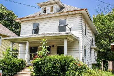 Lansing Single Family Home For Sale: 416 W Barnes Avenue