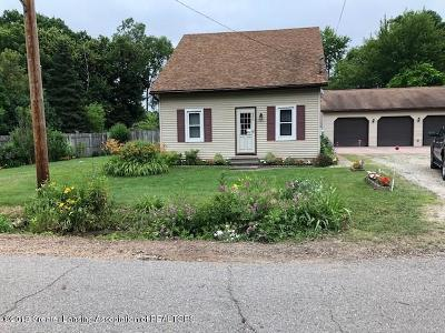 East Lansing Single Family Home For Sale: 6070 Hart Street