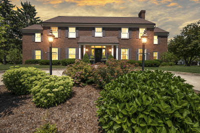 East Lansing Single Family Home For Sale: 985 Tanglewood Lane