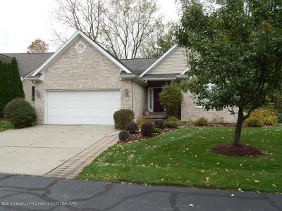 East Lansing Condo/Townhouse For Sale: 5545 Songbird Point