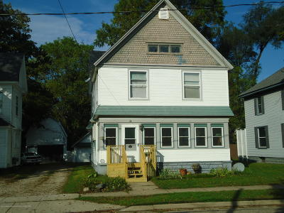 Charlotte MI Single Family Home For Sale: $129,900