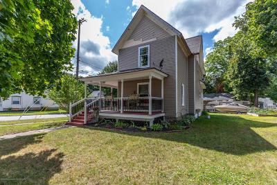 Grand Ledge Single Family Home For Sale: 660 Jenne Street