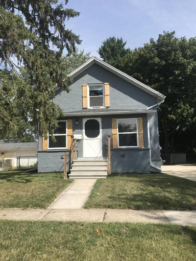 Grand Ledge Single Family Home For Sale: 322 N Clinton Street
