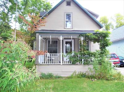 Lansing Single Family Home For Sale: 1208 Pulaski