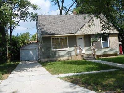 Flint MI Single Family Home For Sale: $11,000