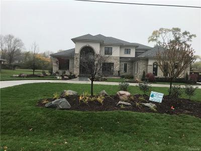 Troy Single Family Home For Sale: 1564 Muer