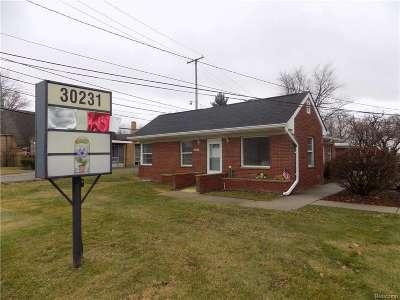 Saint Clair Shores Multi Family Home For Sale: 30231 Jefferson Ave