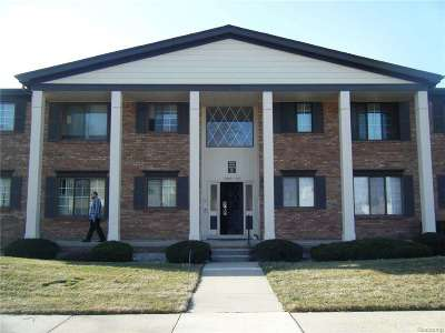 Saint Clair Shores Condo/Townhouse For Sale: 20813 Eastlawn St
