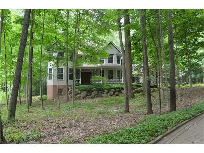 Canton Single Family Home For Sale: 8049 Trillium Ln