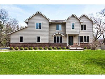 Bloomfield Hills Single Family Home For Sale: 3019 Patch Dr