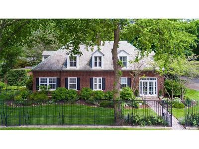 Grosse Pointe Farms Single Family Home Closed: 240 Grosse Pointe Blvd