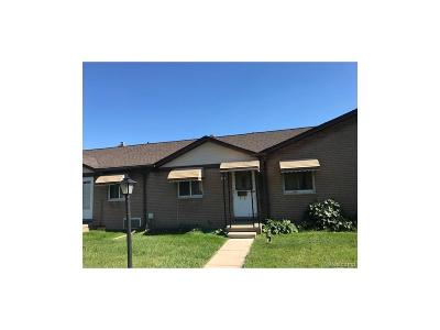 Sterling Heights Condo/Townhouse For Sale: 8401 18 Mile Rd