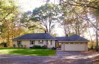 Plymouth Single Family Home For Sale: 42331 Clemons