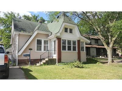 Oakland Multi Family Home For Sale: 47 Orchard Ave