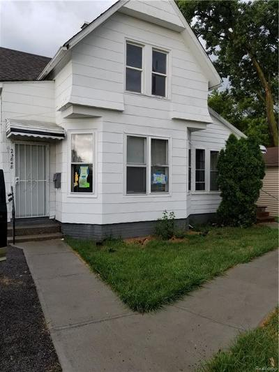 Macomb Multi Family Home For Sale: 25846 Lawn