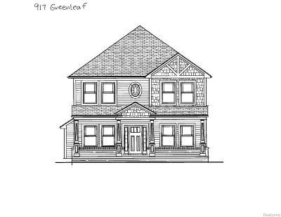 Royal Oak Single Family Home For Sale: 917 Greenleaf Dr