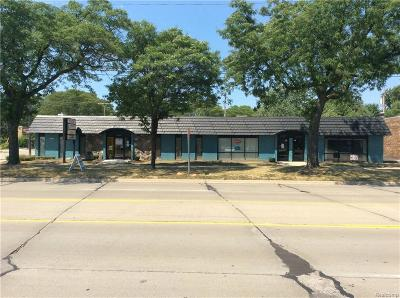 Commercial Lease For Lease: 21537 Harper Ave