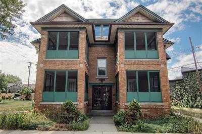 Oakland Multi Family Home For Sale: 605 W Hudson Ave