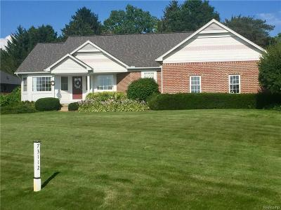 Bruce Single Family Home For Sale: 73112 Windmill Dr