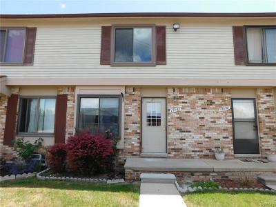Clinton Township Condo/Townhouse For Sale: 17060 Kingsbrooke