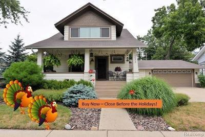 Royal Oak Single Family Home For Sale: 233 Gardenia Ave