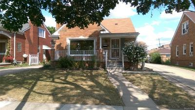 Dearborn Single Family Home For Sale: 7238 Oakman Blvd