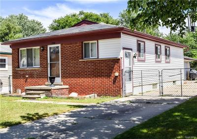 Taylor Single Family Home For Sale: 13701 McGuire St