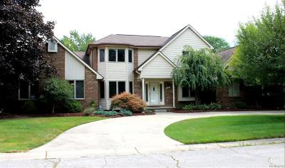 Plymouth Single Family Home For Sale: 8830 Pine Trail Crt