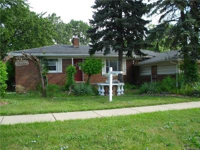 Sterling Heights Single Family Home For Sale: 3701 Metropolitan Pkwy