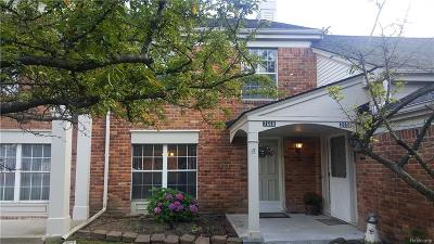 Auburn Hills Condo/Townhouse For Sale: 2660 Williamsburg Cir