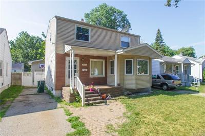 Hazel Park Single Family Home For Sale: 1458 E Hayes Ave
