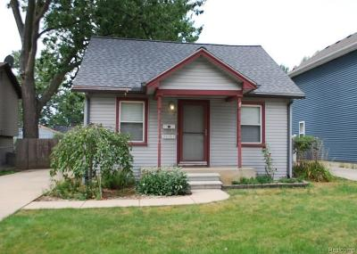 Madison Heights Single Family Home For Sale: 30183 Alger Blvd