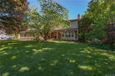 Bloomfield Hills Single Family Home For Sale: 504 Kingsley Trl