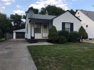 Harper Woods Single Family Home For Sale: 19993 Kingsville St