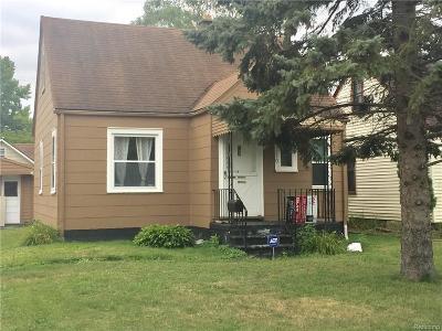 Roseville Single Family Home For Sale: 15370 Frazho Rd