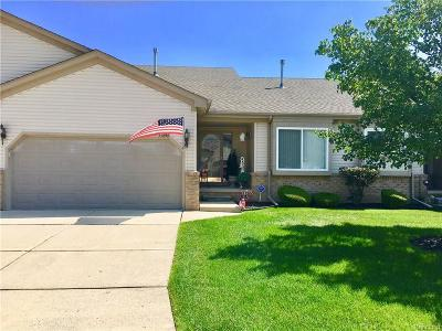 Chesterfield Twp MI Condo/Townhouse For Sale: $179,900